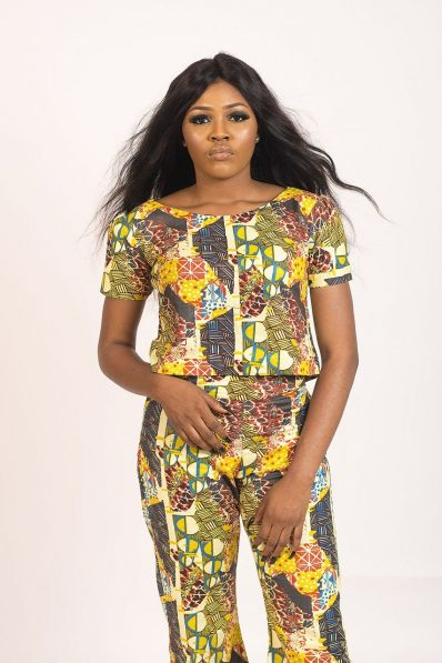 KIDAN DESIGNED Mix Coloured cropped top