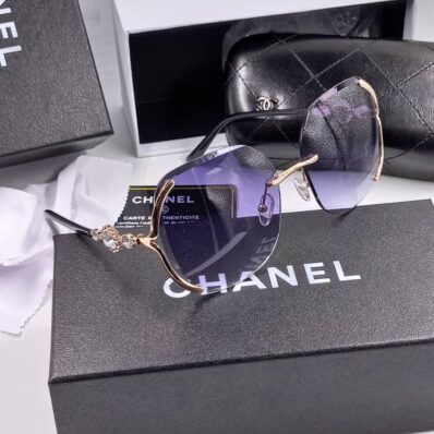 Luxe Style channel purple sunnies
